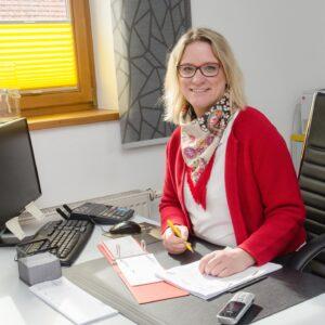 Claudia Schelle Geschäftsleitung Buchhaltung