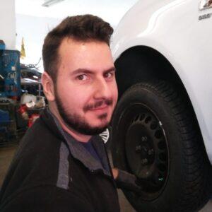 Osman Ayvaz KFZ-Mechatroniker Mitarbeiter seit 2018